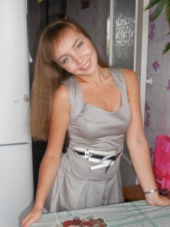 Блондинка желает познакомиться